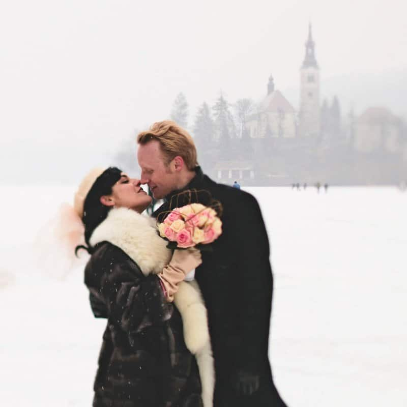 046-happy-couples-Elisa-Emil-500x500-1-800x800